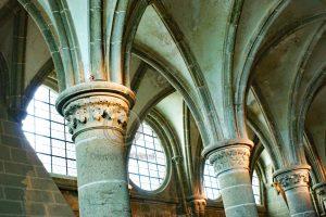 Le Mont-Saint-Michel pilaren; Le Mont-Saint-Michel ronde ramen