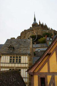 Le Mont-Saint-Michel; vakwerkhuizen Le Mont-Saint-Michel; huizen Le Mont-Saint-Michel